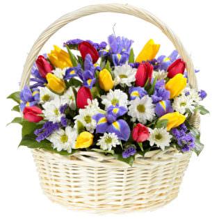 Цветы в корзинке «Заветная мечта»